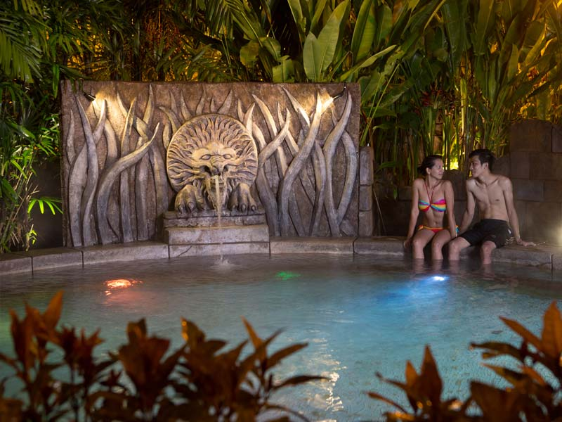 Crystal Pool - Lost World Hot Springs & Spa By Night