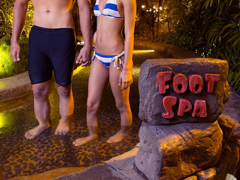 Foot Spa - Lost World Hot Springs & Spa By Night